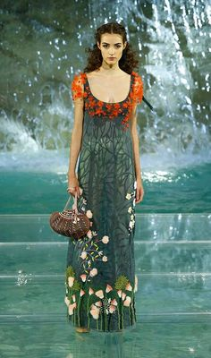 Fendi (2016 at the Trevi Fountain in Rome) http://www.coolchicstylefashion.com/2016/07/runway-fendis-90th-anniversary-show-by.html