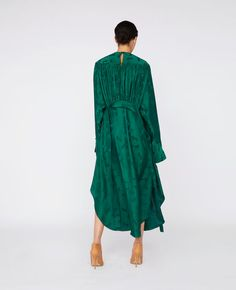 Shop the Horse Jacquard Dress by Stella Mccartney at the official online store. Spike Heels, Jacquard Dress, Hemline, Stella Mccartney, Vintage Dresses, Shoe Boots, Turtle Neck, Silk, Horse