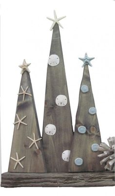 Set of 3 Wood Christmas Trees with Starfish and sand dollars by ProjectCottage. Looking for coastal christmas decorations, look no further! Coastal Christmas Decor, Christmas Wood Crafts, Nautical Christmas, Wood Christmas Tree, Beach Christmas, Rustic Christmas, Christmas Projects, Winter Christmas, Holiday Crafts