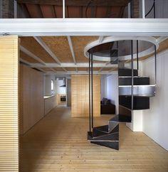 House in Barrio del Carmen / Hugo Mompó Architecture + Juan Grau