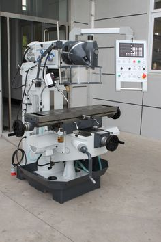 XL6232A/XL6228A Ram Milling Machine: Heavy machine frame with wide, adjustable dovetail guides in all axes Rigid universal cutter head, can be moved to virtually any spatial angle on two levels Automatic table feed on X and Y axes, including rapid feed Motorized height adjustment in Z direction. #milling#drilling@milling press#vertical milling#China milling#China machine#Taiwan milling#Knuth milling#Bernardo milling#Europe milling. Milling Machine, Machine Tools, Walther P22, Cnc Lathe, Mechanical Design, Table Sizes, Johnny Bravo, Woodworking, Taiwan