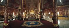 Chiang Mai, thousand temples  Shopping more superb temples, and even on rare occasions like today one who feels proud to meet people who read this blog