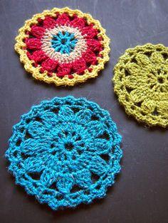 omⒶ KOPPA: Colored flower circles