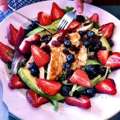 Healthy Weeknight Dinner: Berry Avocado Chicken Salad.