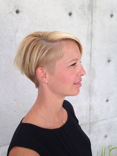 #shorthair #undercut #edgyhair #blonde #hairinspo #genevievereberhair