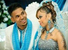 Somali bride and groom Somali Wedding, African American Brides, Afro Style, Wedding Looks, Wedding Stuff, Bridal Henna, Couple Outfits, African Culture, Muslim Couples