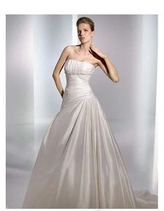 Taffeta Strapless Ruched Bodice with A line Skirt and Chapel Train Simple 2010 Wedding Dress WD-0243