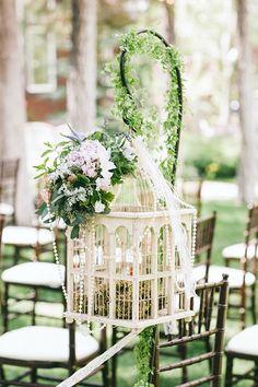 Santorini Wedding Inspiration: 15 Ways to Decorate your Wedding Aisle Birdcage Wedding Decor, Wedding Birds, Wedding Ceremony Decorations, Wedding Centerpieces, Wedding Flowers, Wedding Receptions, Bouquet Wedding, Wedding Themes, Blue Wedding