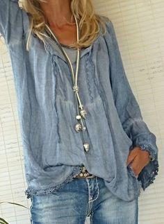 Blusas Reto de Poliéster Em torno do pescoço Manga comprida