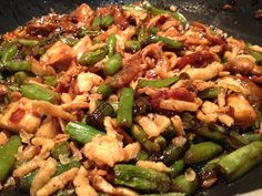 Chicken and Green Beans with Crispy Fried Onions.