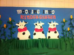 Mooving to ____ - farm themed bulletin board de otoño para jardin de infantes Farm Bulletin Board, Preschool Bulletin Boards, Western Bulletin Boards, Kindergarten Classroom Door, Classroom Themes, Farm Classroom Decorations, Calm Classroom, Physics Classroom, Classroom Displays