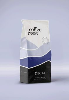 Coffee Brew is a beautiful project designed by the branding people which has been featured by Mindsparkle Mag´s best selection of Design. Food Packaging Design, Beverage Packaging, Coffee Packaging, Coffee Branding, Packaging Design Inspiration, Branding Design, Design Food, Design Design, Design Package