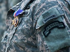Army Rangers US Military poster Us Ranger, Military Love, Military Quotes, Military Units, Military Service, Military Art, Airborne Ranger, Us Army Rangers, 75th Ranger Regiment