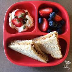 Yogurt with strawberries and pumpkin seeds and PB&J by harti. Toddler Finger Foods, Healthy Toddler Meals, Toddler Lunches, Kids Meals, Baby Snacks, Lunch Snacks, Baby Food Recipes, Snack Recipes, Baby Food Schedule