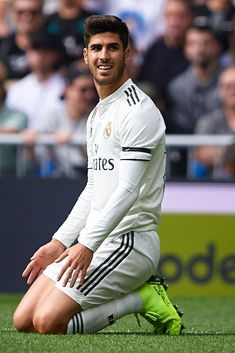 Marco Asensio of Real Madrid reacts during the La Liga match between Real Madrid CF and Levante UD at Estadio Santiago Bernabeu on October 2018 in Madrid, Spain. Get premium, high resolution news photos at Getty Images Soccer Guys, Football Boys, World Football, Isco, Best Football Players, Soccer Players, Imagenes Real Madrid, Equipe Real Madrid, Real Madrid Wallpapers