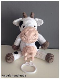 Angels handmade with love: Klaartje Koe!! gehaakte koe. Crochet cow