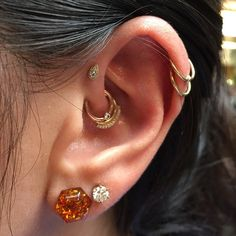 Cute lil forward helix piercing I did today with a guest appearance of @lysataylor awesome double daith piercing!!! @industrialberkeley #safepiercing #bvla #industrialberkeley