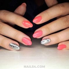 Ready for a collection that's full of edgy, cool and simple nail art designs? It's perfect time to refresh your current nail design. Simple Nail Art Designs, Easy Nail Art, Gel Nail Extensions, Gel Nails French, Turquoise Art, Gel Nail Colors, Almond Nails, Simple Nails, Spring Nails