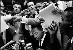 .USA. Birmingham, Alabama. 1962. Reverend Martin Luther KING at a press conference. (c) Bruce Davidson