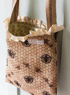 Burlap Tote Bag – Free Sewing Tutorial
