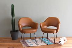 Saarinen Executive Arm Chairs Vintage Pair Tobacco Brown and Copper