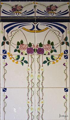 Tile Art Nouveau