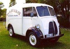 Morris J Van Small Trucks, Old Trucks, Classic Trucks, Classic Cars, Flower Truck, Old Wagons, Morris Minor, Cab Over, Old School Cars