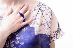 pierścionki i obrączki-navy blue satine claw, 80 zł