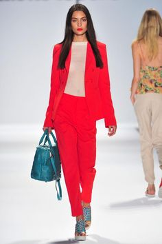 Boldly match your lips to your bright pants suit. Nanette Lepore, New York, Spring 2014.