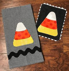 Free Printable Halloween Candy Corn Appliqué Template - Food and drink Printable Halloween, Halloween Candy, Halloween Crafts, Halloween Kitchen, Halloween Sewing Projects, Halloween Ideas, Modern Halloween, Fall Projects, Halloween Ghosts