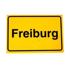 Magnet Ortsschild Freiburg  Hersteller: ( Kein Hersteller )  Gewicht: 0.10 Kilogramm  Preis: €3,50 (inkl. 19 % MwSt.)  Preis: €2.94 (Tax Free)