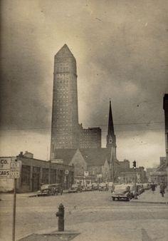 Deco Foshay Tower in Minneapolis, Minnesota in 1940