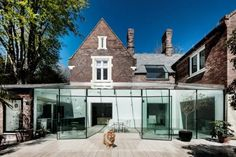 Ohhhh, I just LOVE the mix of old and new textures in architecture! AR Design Studio have completed a glass extension on a house in Winchester, England. Architecture Design, Modern Residential Architecture, Minimalist Architecture, Facade Design, House Design, Innovative Architecture, Design Studio, Studio Art, Modern Glass House