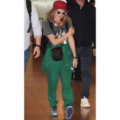 Millie Bobby Brown, Paparazzi Photos, Enola Holmes, Sadie Sink, Celebs, Celebrities, Outfit Goals, Role Models, Bobbi Brown