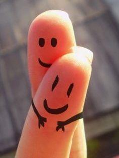 fingers hug --> un abrazo