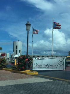 19 de septiembre de 2016 10:30am Puerto, Viejo San Juan #banderasyescudosVSJ #Sagradoagosto2016