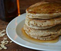 Banana-Oat Blender Pancakes