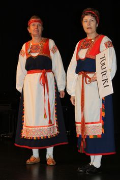 tuuterin-puku - national dress of Finland. Folk Costume, Costumes, Lappland, Scandinavian Countries, Black And White Pictures, Ancient History, Folklore, Europe, Dresses