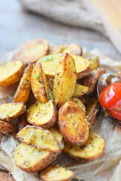 Roasted Parmesan Kartoffeln -Roasted Parmesan Wedges #summer #sommer #soulfood #bbq | Das Knusperstübchen