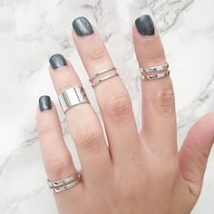 STAXX Silver Tube Midi Rings Set Of Five ($28) ❤ liked on Polyvore featuring jewelry, rings, mid-finger rings, layered rings, stackable midi rings, mid knuckle rings and stackable rings
