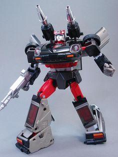 Transformers Masterpiece MP-18 Streak (Bluestreak)