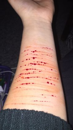 I broke the promise and I'm sorry #Sorry #Cuts #Cutting #sad #depressing #suicide #iphone #Girl #late #Trapped #sweaters