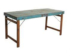 Vintage Esstisch mit einklappbaren Füßen 150 cm lang in blau Wunderschöner Esstisch im used look. Diese Tische wurden für Festlichkeiten wie Hochzeiten oder Beerdigungen benutzt. Die Beine sind klappbar und somit kann dieser schöne...