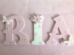 Hand-Painted-9cm-Wooden-Letter-Wall-Door-Children-Birthday-Gift-Boy-Girl-Present