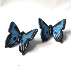 vintage 1950's ceramic butterflies pair blue by RecycleBuyVintage