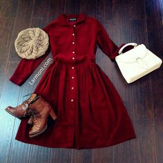Simple dress with a cute hat and boots. Updated look or a little more retro. : Simple dress with a cute hat and boots. Updated look or a little more retro. Retro Mode, Mode Vintage, Pretty Outfits, Fall Outfits, Cute Outfits, Look Fashion, Winter Fashion, Womens Fashion, Fashion News
