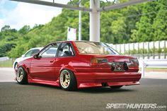 AE86 Levin with awesome stance