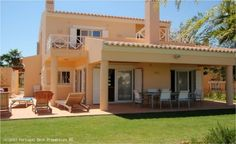 3 bedroom villa with pool on Gramacho golf in Carvoeiro,Algarve,  Portugal - This property is the first in the row of detached villas in this cluster, sharing a communal pool and gardens, this tastefully decorated property is on the fairway offering beautiful views over the Vale da Pinta golf course.  - http://www.portugalbestproperties.com/component/option,com_iproperty/Itemid,8/id,756/lang,en/view,property/#