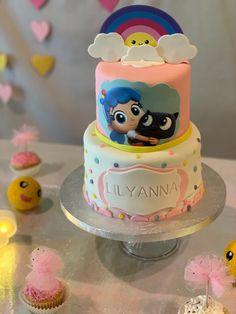 True and the rainbow kingdom 2nd Birthday Party Themes, Rainbow Birthday Party, Third Birthday, Birthday Party Decorations, Birthday Ideas, Alice, First Birthdays, Body Art, Princess Crowns