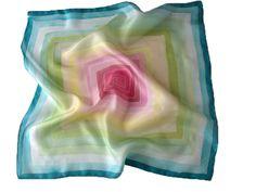 Labirintus selyemkendő - tavaszi kendők nőknek: http://silkyway.hu/labirintus-selyem-kendok-55.html